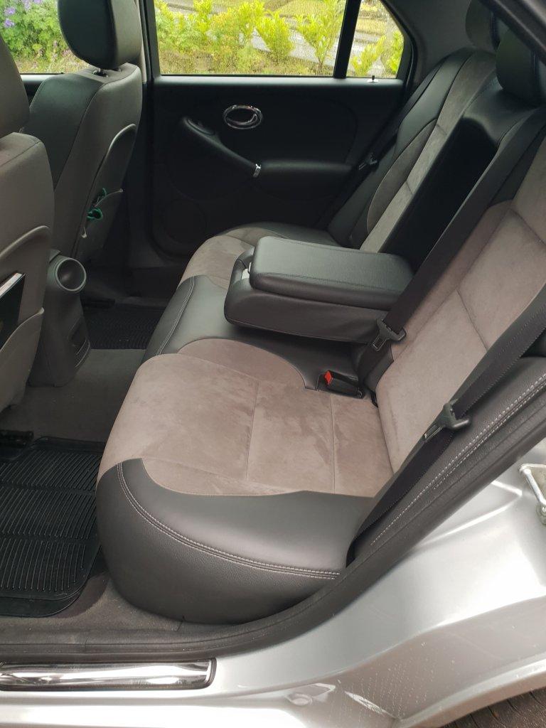 MG ZT  interior spec